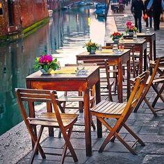 Dreaming of Venice #venice #venezia #workhardplayhard #weekend #editoftheday #worldphotography #traveling #travelgram #travelling #travelblogger #yearofyou #instacool #instagood #instafollow #bythecanals #picoftheday #photooftheday #canals #canalsofvenice #abmtravel #svenJournal #dscolor #fromwhereistand #followmearound #horizon #landmark #landscape #cool #view #visititaly