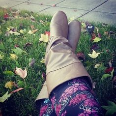 PACT organic Fall Floral leggings are a must have for any season!