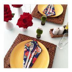 Adoro cores primárias vivas e alegres... Flower Power!  #semanamesahits_flowerpower #mesahits #mesaposta #olioliteam #lardocecasa #lardocemesa