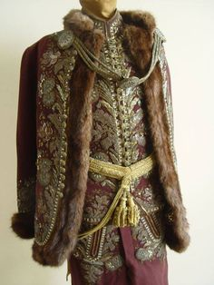 díszmagyar Historical Costume, Historical Clothing, Traditional Fashion, Traditional Outfits, Military Fashion, Mens Fashion, Court Dresses, Hungarian Embroidery, Period Outfit