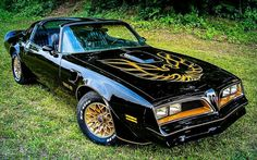 Another famous Trans Am. From the movie that tied with Star Wars the opening day, Smokey & The Bandit. Its a 1977 Pontiac Trans Am. Bandit Trans Am Smokey And The Bandit, My Dream Car, Dream Cars, Cadillac, 1977 Trans Am, New Trans Am, Chevrolet Camaro, Chevy, Chevrolet Malibu