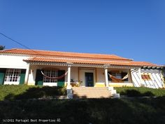 2 bedroom villa in Salir de Matos,  Caldas da Raínha, Silver Coast,  Portugal - Detached villa on a plot with 6.500 sq. metres. Located in a quiet area and within 15 minutes of the beach at Foz do Arelho. Lisbon airport is about an hour drive away. - http://www.portugalbestproperties.com/component/option,com_iproperty/Itemid,8/id,938/view,property/