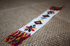 Hand Embroidery Designs, Lei, Traditional, Places, Model, Dots, Embroidery, Atelier, Lugares