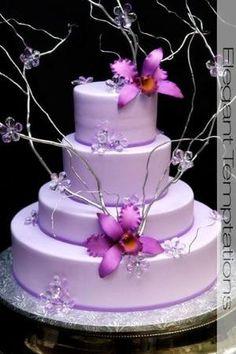 Pastel de boda púrpura                                                                                                                                                     Más