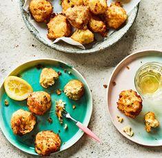 Bunyols de bacallà – salt cod fritters.