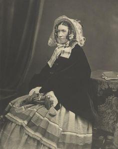 Victorian Photography, Vintage Photos, Aurora Sleeping Beauty, Disney Princess, Disney Characters, Artist, Dresses, Women, Fashion