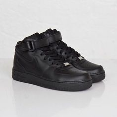 more photos 88319 22b90 Nike Women s Air Force 1 Mid  07 LE Casual Shoes AF1 Triple Black 366731-