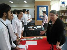 College Guidance - Ecole Mondiale World School.