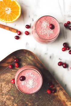 Vegan Orange Cranberry Coconut Smoothie | Free People Blog #freepeople