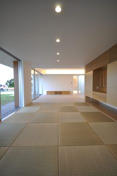 NKZT-house: 門一級建築士事務所が手掛けた和室です。 Divider, Room, Furniture, Home Decor, Bedroom, Decoration Home, Room Decor, Rooms, Home Furnishings