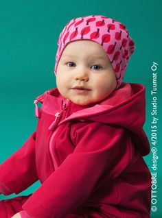 Baby Knitting Patterns Baby Beanie tutorial from OTTOBRE design® Baby Sewing Projects, Sewing Patterns For Kids, Baby Knitting Patterns, Sewing For Kids, Baby Patterns, Sewing Tutorials, Beanie Babies, Kids Beanies, Sewing Clothes