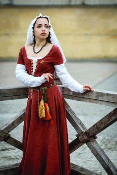 XVe siècle lin médiéval rapporté, paysan ou robe de Townswoman
