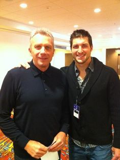 Tim Tebow meeting Joe Montana! Via his twitter account.  Love my Niners!  Saw Joe at the height of his career!