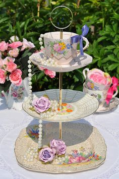 Mismatched Art Deco Cake Stand by cake-stand-heaven, via Flickr