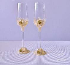 Personalized wedding flutes Champagne glasses by ArtWeddingGroup
