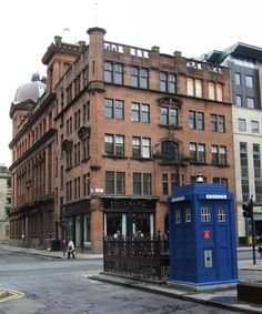 Police box by Thomas Nugent, via Geograph Police Box, Police Station, Glasgow Police, Sci Fi Ships, Doctor Who Tardis, Classic Monsters, Dalek, Old London, Blue Box