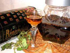 Benedyktynka+-+Nalewka+ziołowa+:+Robiłam+tę+nalewkę+od+dawna+i+zbierała+pochwały+znawców;+ale+dopiero+teraz+udało... Irish Cream, Alcoholic Drinks, Food And Drink, Tableware, Wine, Recipes, Dinnerware, Tablewares, Liquor Drinks
