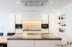 Cozinhas modernas por ONE!CONTACT - Planungsbüro