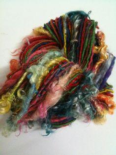 """Echeveau de laine filée au rouet """"de toutes mes couleurs"""" : Mercerie par la-laine-de-fanfan"""