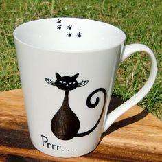 Black Cat Mug by freespiritdesigns2 on Etsy, £12.00