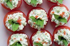 Rajčátka s avokádovou pěnou Caprese Salad, Sushi, Ethnic Recipes, Parties, Fiestas, Party, Insalata Caprese, Holidays, Sushi Rolls