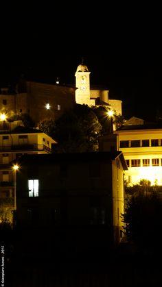 """... the country of hats and imaginary moons ! Monte Vidon Corrado by night: detail of the village. Monte Vidon Corrado di notte: il paese dei cappelli e delle """"Amalassunte"""" !. #HatsDistrict"""