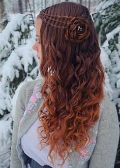 Gorgeous Waterfall Flower Braids You Must Try in 2020 Braided Hairstyles For Wedding, Easy Hairstyles, Bridal Hairstyles, Flower Braids, Trendy Haircuts, Gorgeous Hair, Beautiful, Hair Hacks, Hair Tips