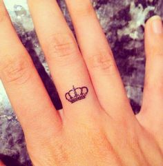 83 small crown tattoos ideas you cannot miss! Crown Tattoos For Women, Wrist Tattoos For Women, Tattoos For Women Small, Small Tattoos, Simple Quote Tattoos, Meaningful Tattoos, Unique Tattoos, Colorful Tattoos, Small Crown Tattoo