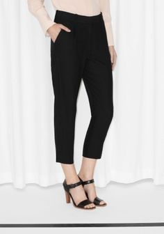 & Other Stories Tailored Cropped Trousers in Black Japanese Colors, Sports Luxe, Scandi Style, Cropped Trousers, Spring Fashion, Ready To Wear, Capri Pants, Blackest Black, Coups