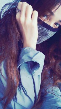Teenage Girl Photography, Boy Photography Poses, Shadow Photography, White Photography, Beautiful Girl Makeup, Beautiful Girl Photo, Stylish Girls Photos, Stylish Girl Pic, Cute Girl Poses