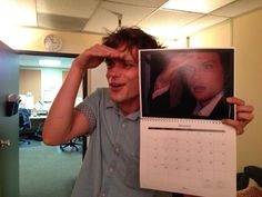 Criminal minds: season nine behind the scenes photos. Dr Reid, Dr Spencer Reid, Spencer Reid Criminal Minds, Criminal Minds Cast, Crimal Minds, Love Of My Life, My Love, Matthew Gray Gubler, Matthew Grey