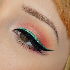 Beauty How to wear turquoise eyeliner for summer makeup routine? Turquoise Eyeliner, Green Eyeliner, Eyeliner Looks, No Eyeliner Makeup, Turquoise Makeup, Eyeliner Ideas, Makeup Goals, Makeup Inspo, Makeup Inspiration