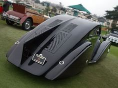 1925/1935 Rolls Royce Phantom l Jonckheere Aerodynamic Coupe (2 of 10) - Some reports suggest it was intended as a present for Prince Edward, but all records from the factory were lost in the war and it is not even known who originally penned the fantastic Art Deco body shape.