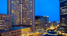 Siri vs Alexa ¿Qué asistente ganará la batalla por entrar en los hoteles Marriott? - http://www.actualidadiphone.com/siri-vs-alexa-asistente-ganara-la-batalla-entrar-los-hoteles-marriott/