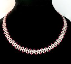 Free pattern for necklace Sugared Cranberries