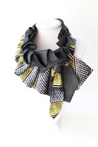 Image of Katherine Snap On Scarf in Black and Gold