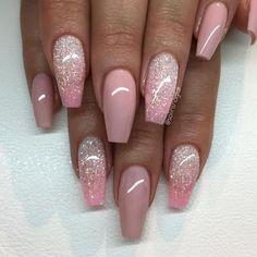 """""""Nude Pink"""" med glitterombre i ljusrosa och Diamond"""