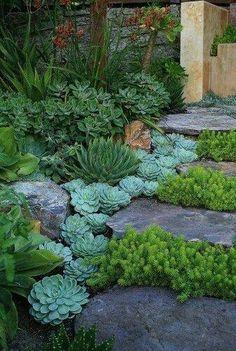 Escada em curva para jardim com dormentes e tijolos for Bbc garden designs