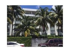 #ForRent 1610 Lenox Ave 315, #MiamiBeach, FL 33139 for $1,395  Text LINCOLNPLACE to (305) 363-6273 for more info.