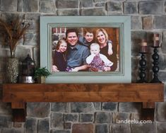 Landee See, Landee Do: From Door Step to Mantle in Under 72 Hours Large Family Photos, Family Photo Frames, Picture Frames, Picture Wall, Picture Ideas, Big Family, Happy Family, Photo Ideas, Family Room