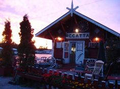 Café Regatta is the cutest little café in Helsinki. It's stuffed with the most random items, it's really cozy and wonderful! Great location by the sea...