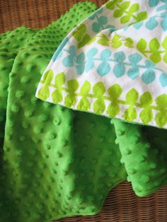"""Minky Blanket, Green Minkee Dot Fabric with Blue, Lime, & White Cotton Flannel Leaf Lining, 25"""" x 36"""""""