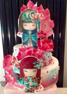 Kimmidoll cake  Ô Merveilles d'Amandine  Un bô gâteau pour un anniversaire sur le thème Kimmidoll