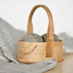 Wood basket by GodMick