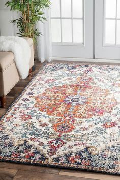 6 Radiant Tips AND Tricks: Transitional Chair Interior Design transitional staircase rugs.Transitional Home Tips. Transitional Living Rooms, Transitional Kitchen, Transitional Decor, Home Living, Living Room Decor, Apartment Living, Fade Styles, White Rug, Modern Rugs