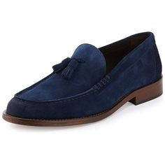 Bruno Magli Keaton Suede Tassel Loafer ($195) ❤ liked on Polyvore featuring men's fashion, men's shoes, men's loafers, navy, mens navy blue suede shoes, mens navy slip on shoes, navy blue mens shoes, mens navy shoes and mens tassel loafer shoes