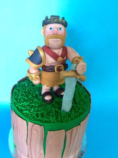 Barbarian king clash of clans cake