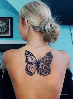 Butterfly Flowers Tattoo Butterfly Flowers Tattoo,Tattoos Tattoo Ideas for women. Butterfly tattoo ideas Related Tattoos Inspired By Classic Art To Wear Your Artistic Soul On Your Skin - body art tattoosPhoto. Tattoo Femeninos, Paar Tattoo, Piercing Tattoo, Body Art Tattoos, Tatoos, Tattoo On Eye, Tattoo On Back, Hand Tattoos, Dark Skin Tattoo