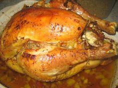 """emma.cuisine.over-blog.com Voici donc """"la Bête"""", grand classique des fêtes de fin d'année que nous avons mangé à Noël!. Le chapon, ou coq castré, est une spécialité de la Bresse et a une chair ferme, parfumée et goûteuse. La cuisson basse température,..."""
