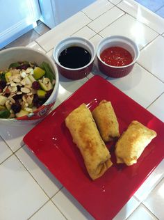 Gluten Free Egg Rolls - for when I have the patience and money for all those ingredients, this would be a fun dinner. Egg Roll Recipes, Wheat Free Recipes, Gf Recipes, Gluten Free Recipes, Healthy Recipes, Gluten Free Egg Rolls, Gluten Free Muffins, Gluten Free Treats, Gluten Free Dinner
